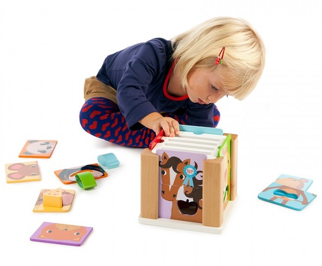 Drvene igračke: Kocka za slaganje sa životinjicama